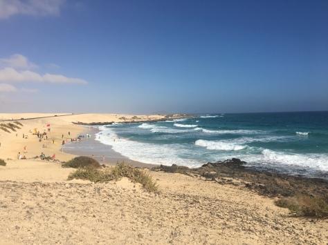 El Moro Beach - Surfers Included